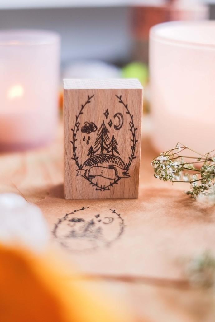 mne x London Gifties original design wooden stamp - Forest - 4 x 6cm