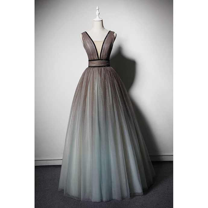 Beautiful Gradient Tulle Princess Gown, V-neckline Floor Length Evening Dress