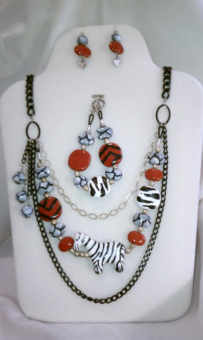 Kazuri Necklace, Bracelet & Earring Set, Item #615