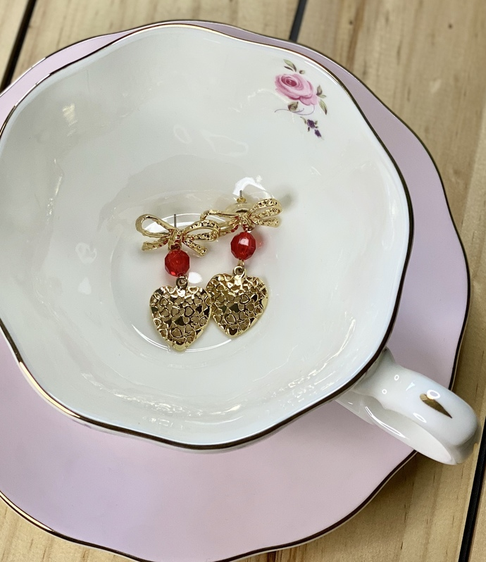 Adorable Gold Heart and Bow Earrings