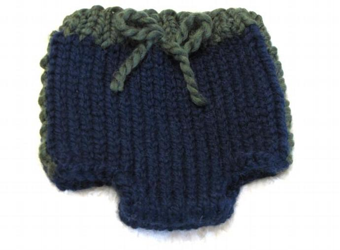 Knitting Pattern Sporty Diaper Cover - 3 sizes