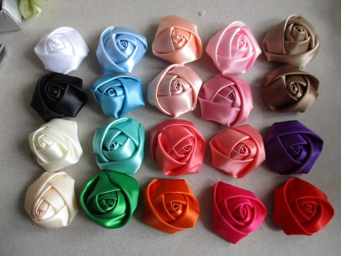 20 x 4cm wide Gorgeous Satin Rolled Roses - REDUCED TO CLEAR
