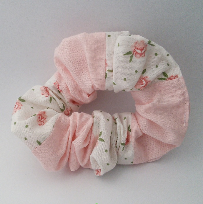 Scrunchie - Pink and White Patchwork Upcycled Fabric