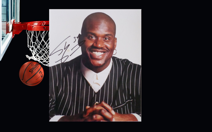 Shaquille O'Neal 8 x 10 signed photo
