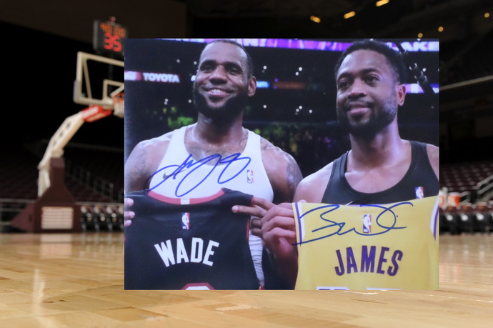 Dwyane Wade and LeBron James 8 by 10 signed photo