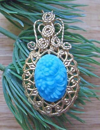 Vintage West German turquoise flower pendant on gold filigree  P107