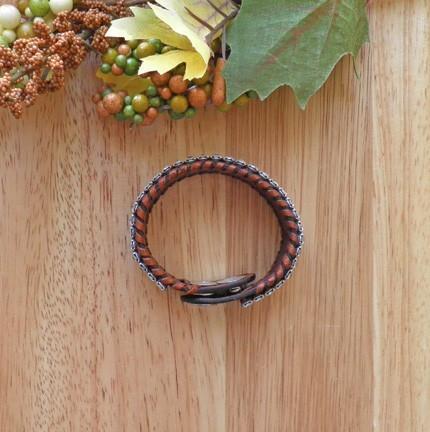 Western style 3 row rhinestone cowgirl style leather bracelet B65