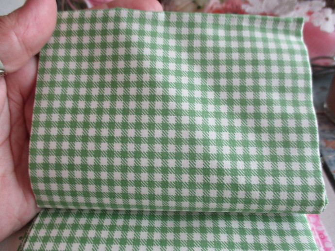 Fat Quarter Cotton Fabric - REDUCED TO CLEAR