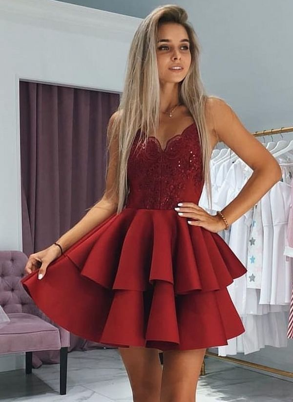 WDG017,Spaghetti Straps Homecoming Dresses with Appliques