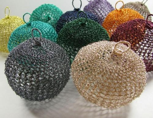 SALE! Wire crochet Christmas ball ornament - choose your color
