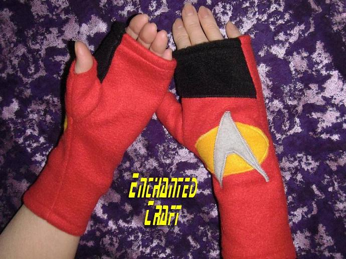 Fleece STAR TREK Fingerless Gloves for the Star Trek fan- go trekkies!