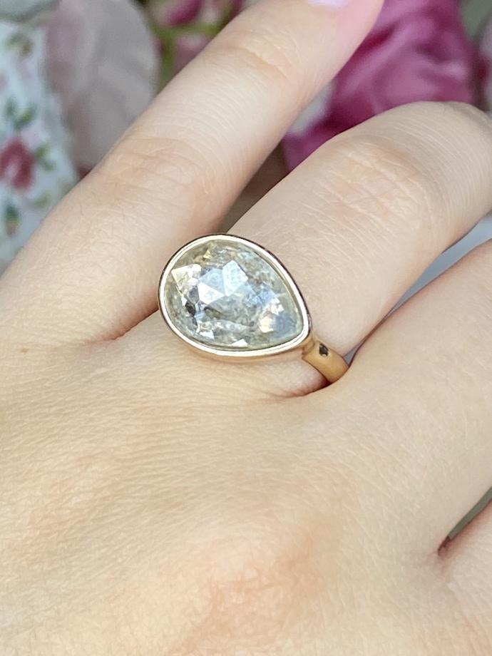 Pear-Shaped Fashion Ring