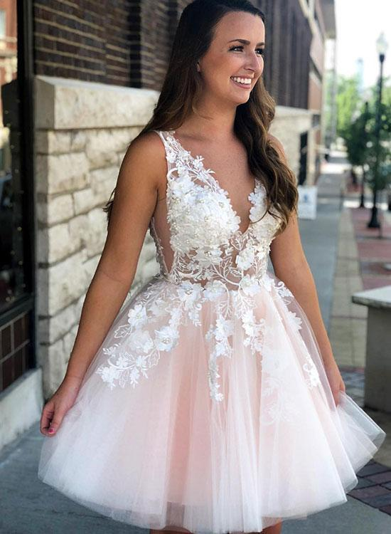 WDG0198,V Neck Short Homecoming Dresses with Appliques from Wedding