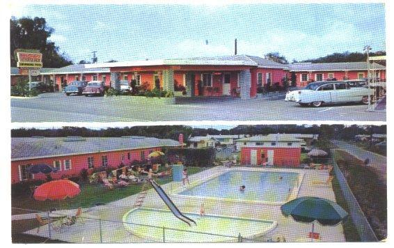 Winter Haven Florida Postcard 100 Lakes Motor Court 1950s View