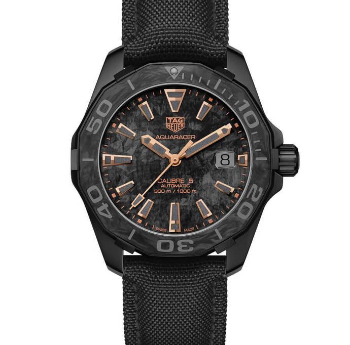 Tag Heuer Aquaracer Calibre 5 Carbon Men's Watch