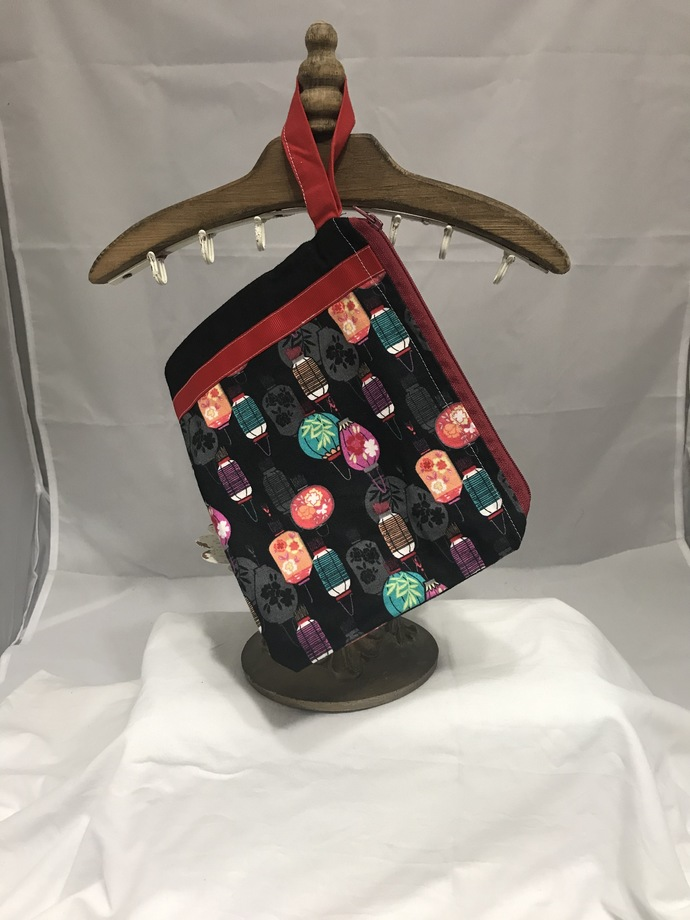 Lanterns Fully-Lined Zippered Bag