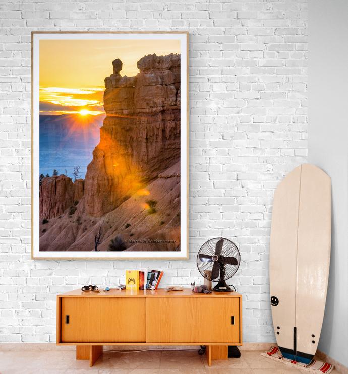 Bryce Canyon Sunrise, Peek-a-Boo Trail, Utah  Arizona, USA.