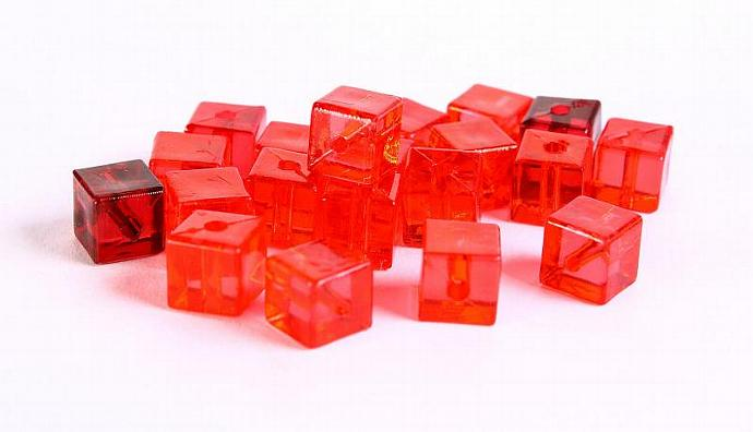 Red siam garnet transparent cube resin beads Shades of reds 7mm 20pc (361)