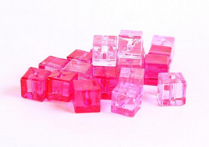 Pink fuschia transparent cube resin beads Shades of pinks 7mm 20pc (362)