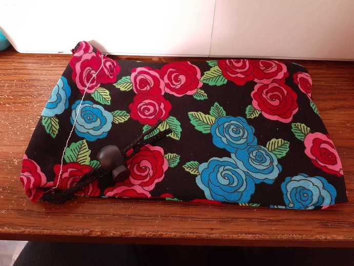 Blue and Pink Roses Dice Bag