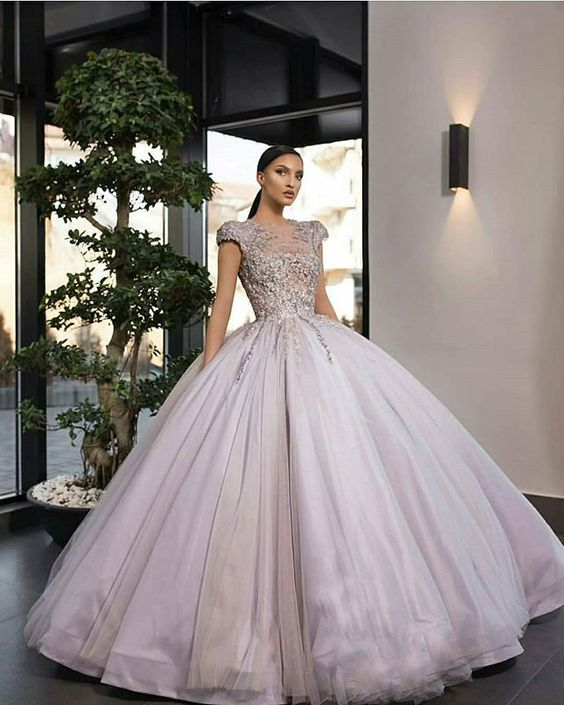 cap sleeve vintage prom dresses ball gown beaded applique luxury elegant prom