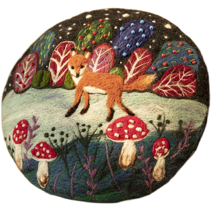 Needle Felted French Beret Hat: Fox in Snow Forest