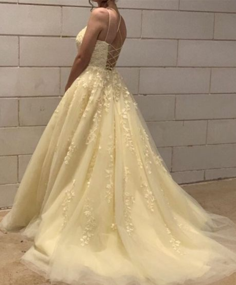 A-Line Tulle Prom Dresses
