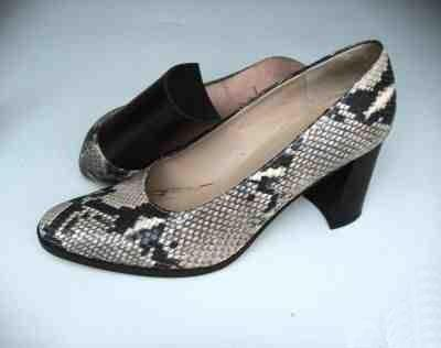 ADRIENNE VITTADINI ALL LEATHER PHYTON SNAKESKIN CLASSIC PUMPS SIZE 85