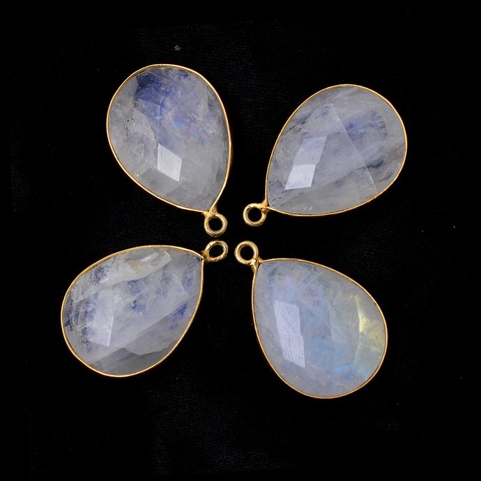 Moonstone Bezel Faceted Freeforam 24k vermail Over sterling silver Gemstone