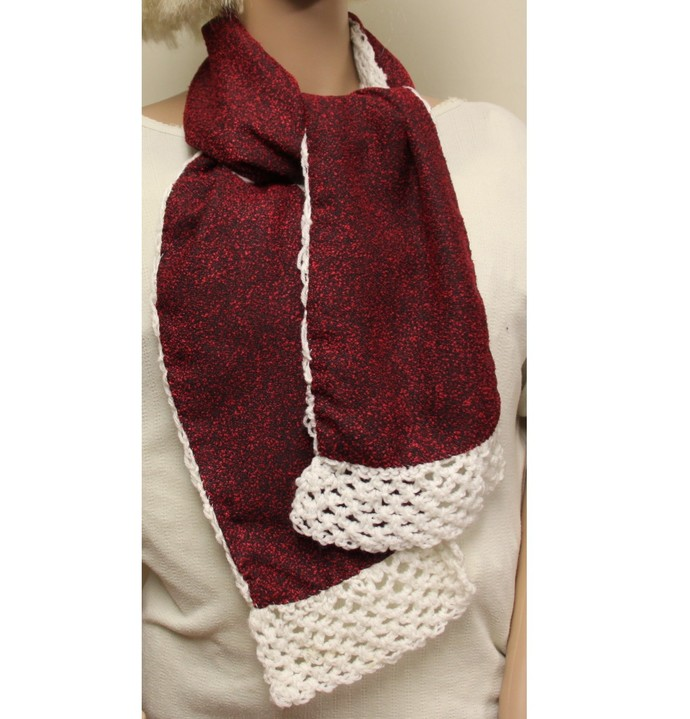 Scarf Hand Knit White and Cranberry