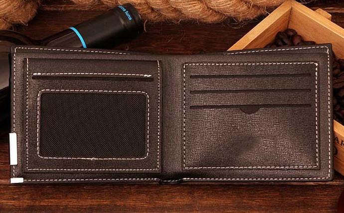 Zero crest Leather Wallet