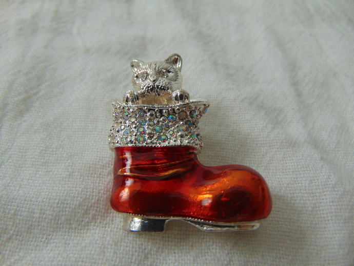 vintage kitten in christmas boot silver, red and ab crystals