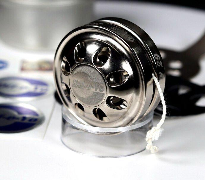 New/Mint - Vintage S/N 29 of 56 Dif-e-Yo Orbiter Yo-Yo