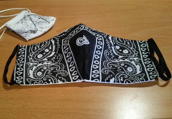 Fitted Face Mask - Bandana Fabric