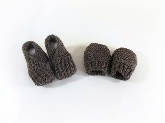 Made to Order Wool 0-3mth Infant Knit Booties or Knit Baby Wool Mittens, Knit