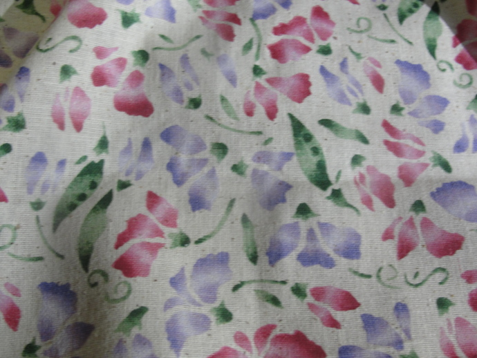 DAISY KINGDOM, FABRIC, SWEET PEA BOUQUET, NOS, 5 2/3 YDS., Yardage, Home Spun,