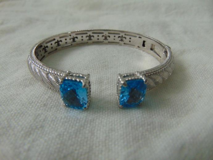 vintage Judith Ripka sterling silver aquamarine stones cuff bangle signed