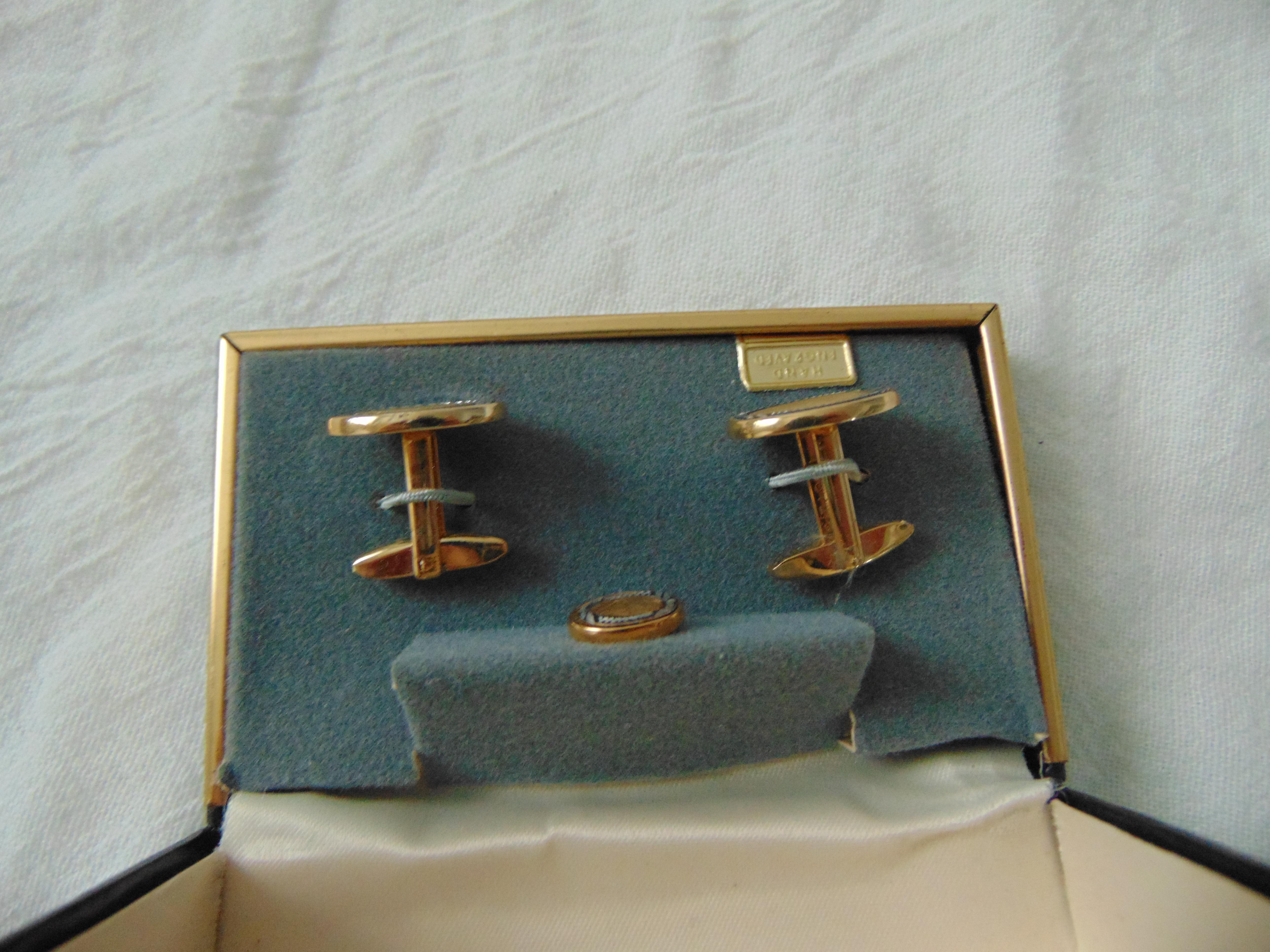 vintage signature damascene  cuff links mint boxed gold silver black