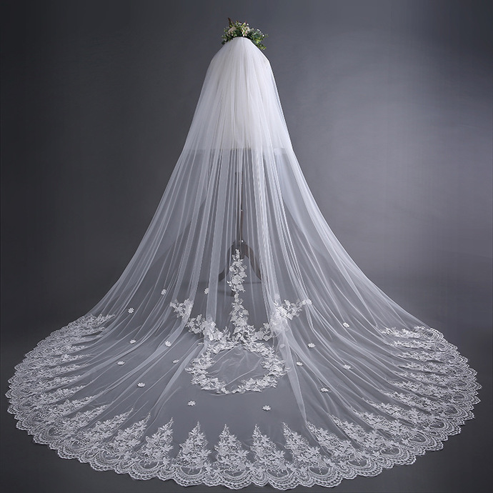 Stylish Long Train White Bridal Cathedral Wedding Veil