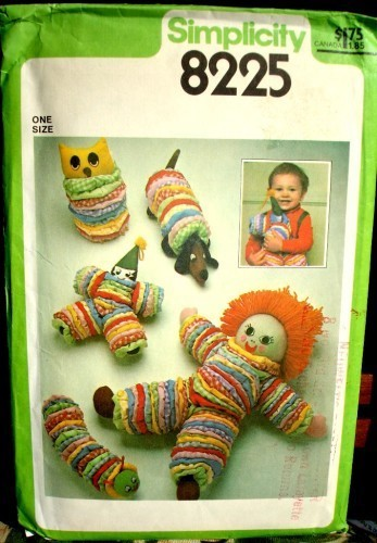 Simplicity 8225 YoYo Doll Owl Dog Clown Catepillar Toy Package Pattern