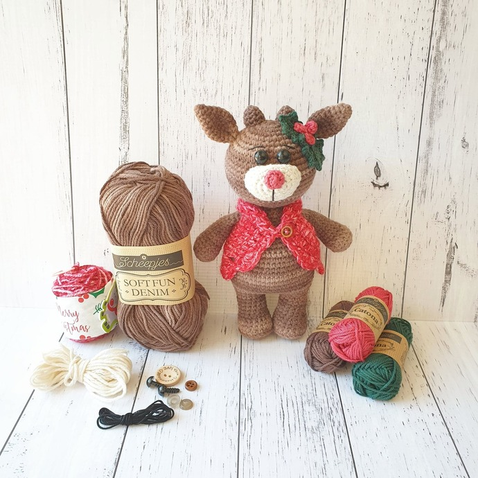 Holly the Reindeer - KIT & PDF