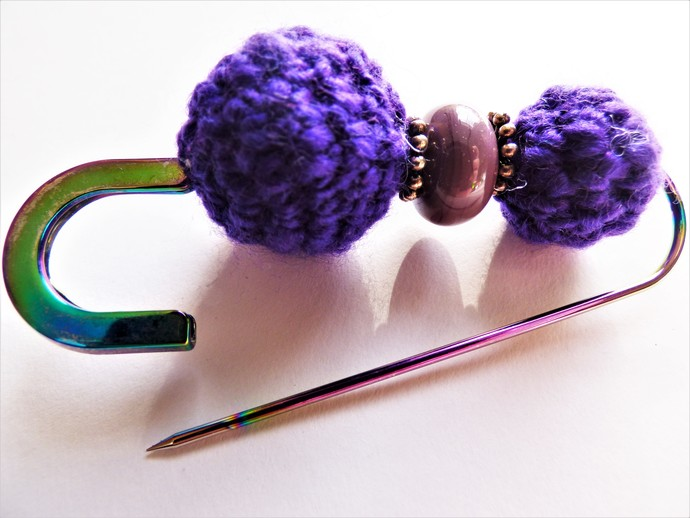 Shawl Pin / Brooch – Mixed Media – Unique Handmade Glass Lampwork, Tibetan