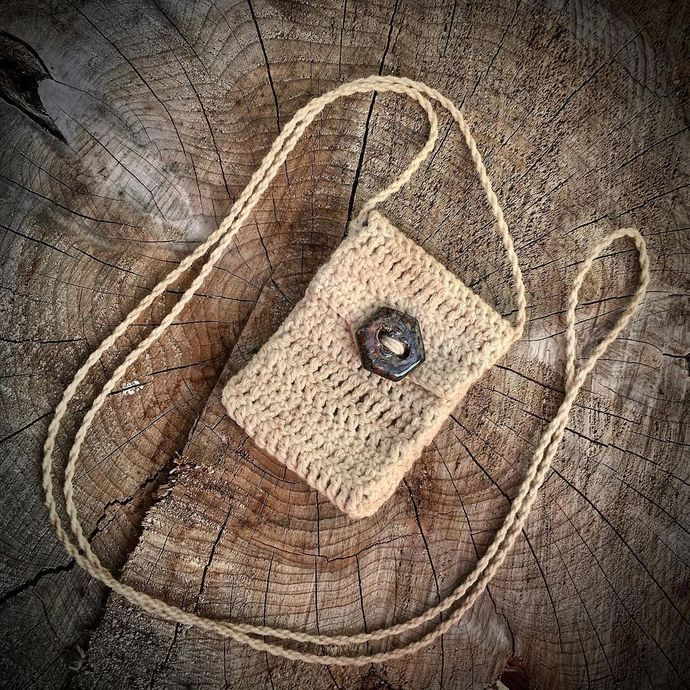 """""""Hex"""" - a Handcrafted Spirit Pouch"""