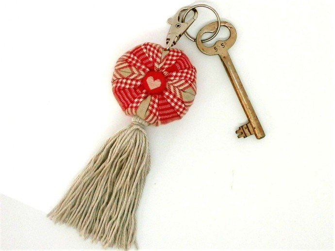 Lavender Sachet Key Ring or Purse Charm filled with Locally grown French