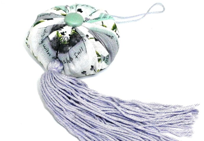 Lavender Sachet with tassel for hanging filled with Locally grown French