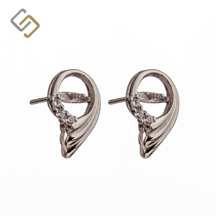 Ear Studs with Cubic Zirconia Inlays and Peg Mounting in Sterling Silver