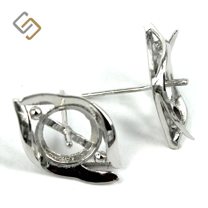Ear Studs with Cup and Peg Mounting in Sterling Silver