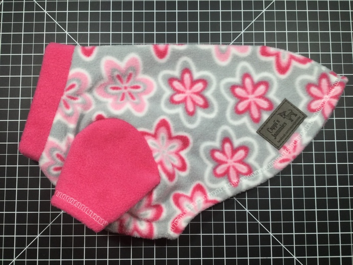 EXTRA SMALL SHORT 2 LEG PINK FLOWER JAMMIE WITH SHORT NECK
