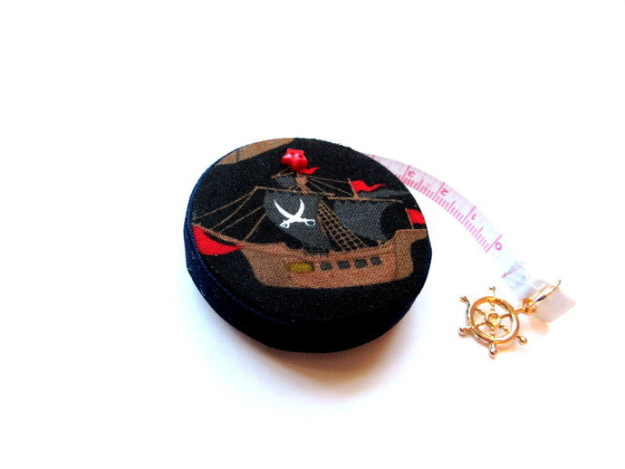 Tape Measure Pirate and Ship Small Retractable Measuring Tape