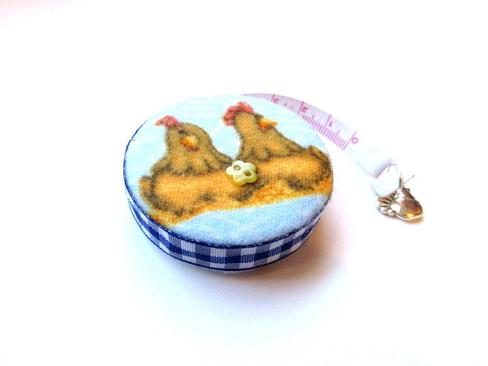 Tape Measure Nesting Chickens and A Rooster Small Retrctable Measuring Tape